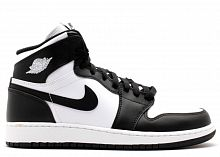 Jordan 1 Retro «Black/White» (36-45)